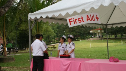 Setting up the first-aid stall
